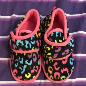 Other - 3/$10 Toddler girls slippers